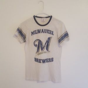 Womens Milwaukee Brewers Tshirt